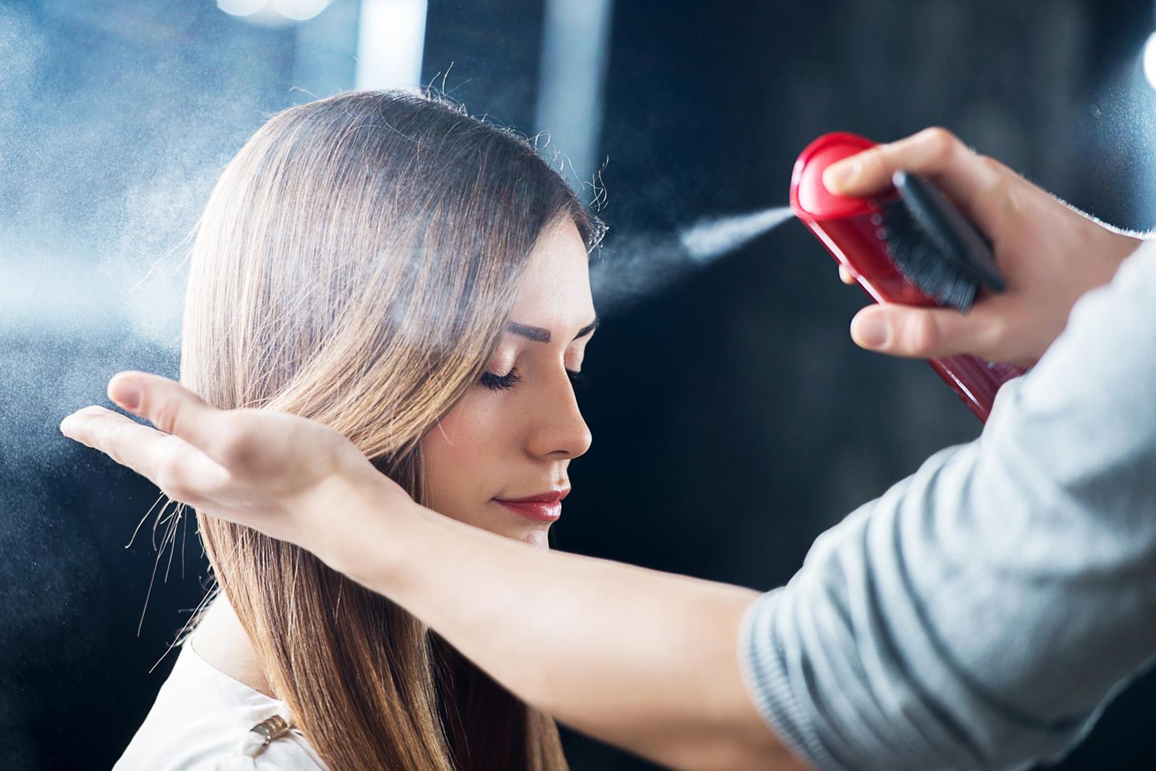 Fixation et mise en forme des cheveux